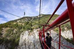niouc suspension bridge